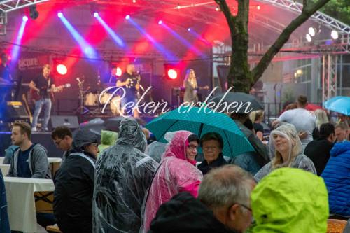 Dorfbiergarten - Samstag mit den Bands