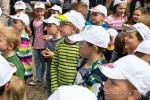 Kinder präsentieren ihre Werke der Projektwoche