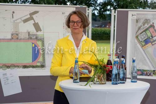 Ministerin Scharrenbach zu Besuch in Maria Veen